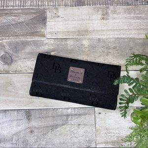 Vintage* DOONEY AND BURKE Tri-Fold Wallet